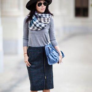 J Crew Zip Pencil Skirt In Houndstooth Wool.